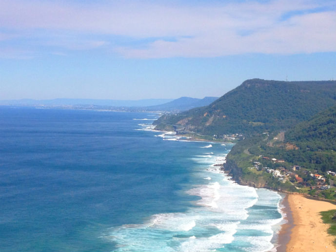 Bald Hill Lookout - Exploring the Grand Pacific Drive - The Trusted Traveller