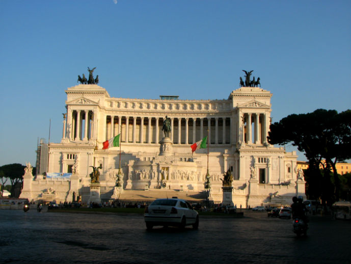 Altare della Patria, also known as the Monumento Nazionale a Vittorio Emanuele II