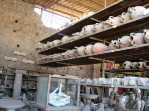 Items found preserved in Pompeii