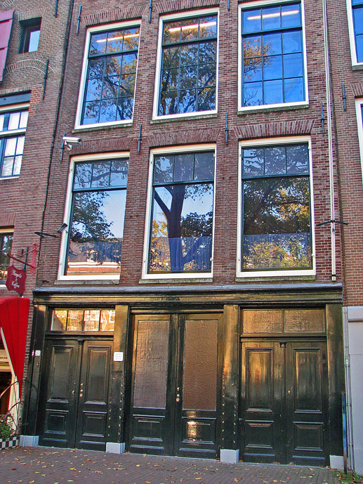 Anne Frank Haus - Things to Do in Amsterdam - The Trusted Traveller
