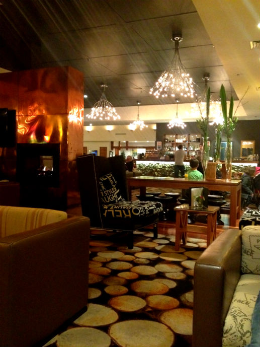 Cosy Sublime Lounge - Hotel Review: Fairmont Resort Blue Mountains - The Trusted Traveller