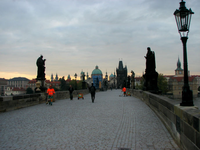 Magical morning on Charles Bridge - Things to Do in Prague - The Trusted Traveller