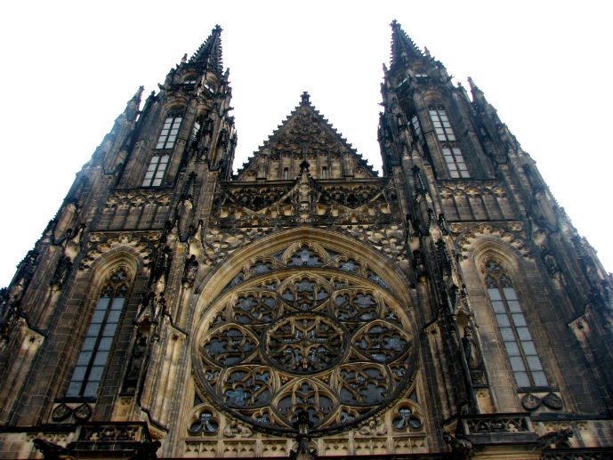 St Vitus Cathedral - Things to Do in Prague - The Trusted Traveller