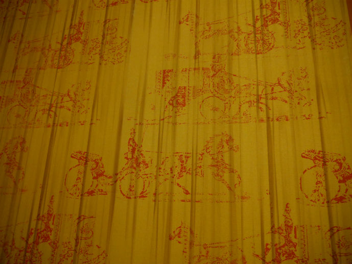 Vintage look wallpaper in the room - Hotel Review: Fairmont Resort Blue Mountains - The Trusted Traveller