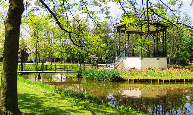Vondelpark (photo by Barbara Walsh on Flickr) - Things to Do in Amsterdam - The Trusted Traveller