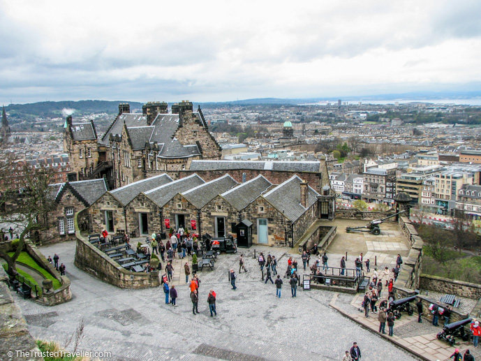 Edinburgh Castle - Things to Do in Edinburgh - The Trusted Traveller