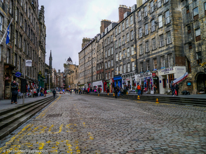 Edinburgh's Royal Mile - Things to Do in Edinburgh - The Trusted Traveller