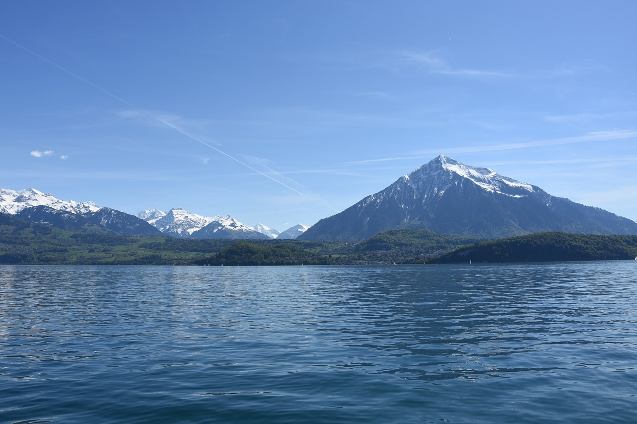 Lake Thun - Things to Do in Interlaken - The Trusted Traveller