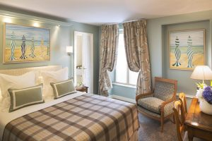 Hotel Le Relais des Halles - Where to Stay in Paris