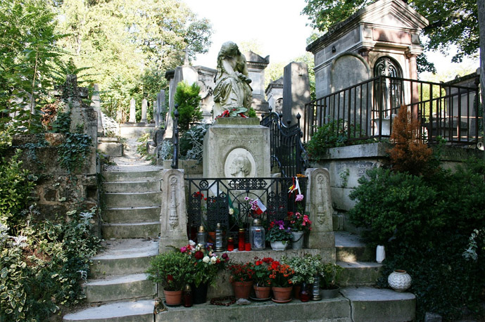 Chopin's Tomb in Père Lachaise Cemetery - 30 Things to Do in Paris - The Trusted Traveller