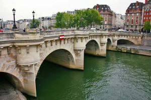 Pont Neuf - 30 Things to Do in Paris - The Trusted Traveller