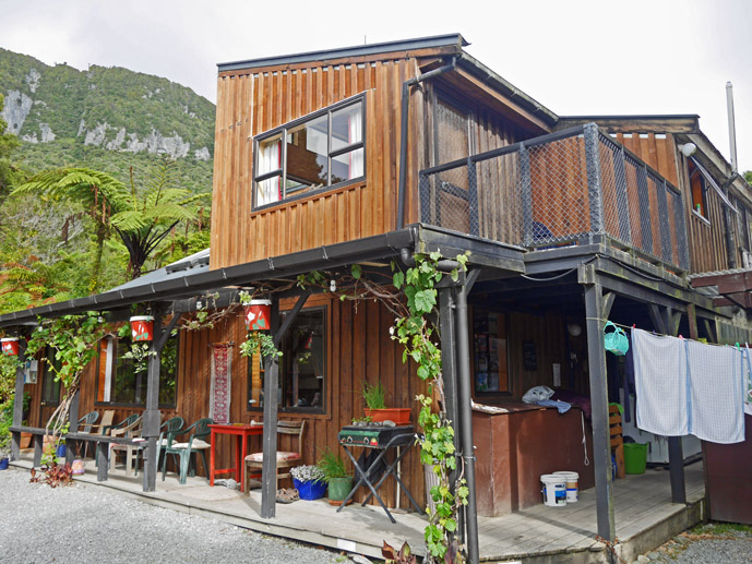 Rustic accommodation at the YHA Punakaiki on New Zealand's South Island- Where to Stay - The Trusted Traveller