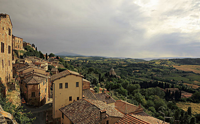 Montepulciano - Driving Leonardo's backyard: Five Well/Less-well Known Destinations - A Guest Post on The Trusted Traveller