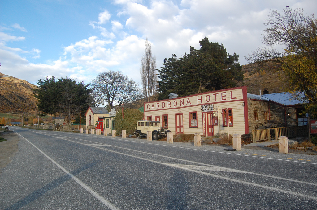 The historic Cardrona Hotel - The Spectacular Drive from Franz Josef to Queenstown - The Trusted Traveller