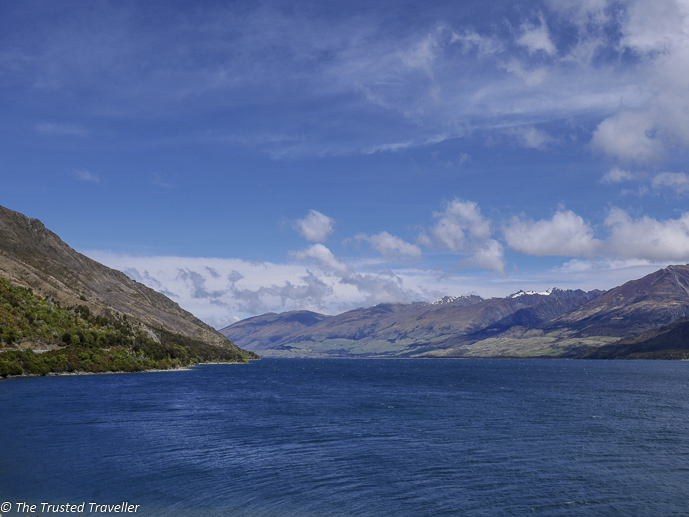 Lake Wanaka - The Spectacular Drive from Franz Josef to Queenstown - The Trusted Traveller