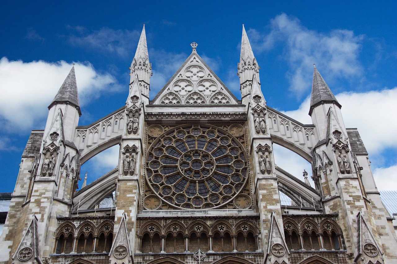 Westminster Abbey, London - See the Best of England: A Three Week Itinerary - The Trusted Traveller