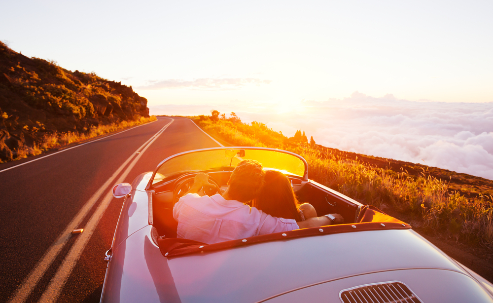 The Pros and Cons of Travelling by Car - The Trusted Traveller