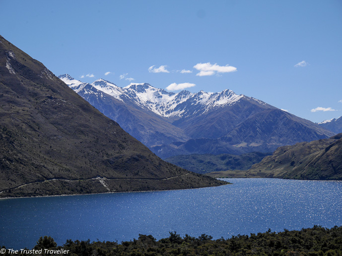 Lake Wanaka - The 10 Most Stunning Lakes on New Zealand's South Island - The Trusted Traveller