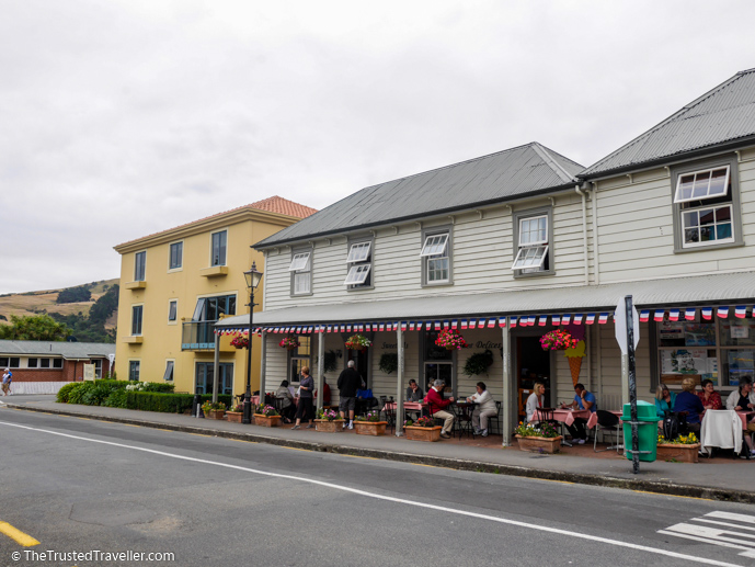 Akaroa - What to See on a Day Trip to Akaroa from Christchurch - The Trusted Traveller