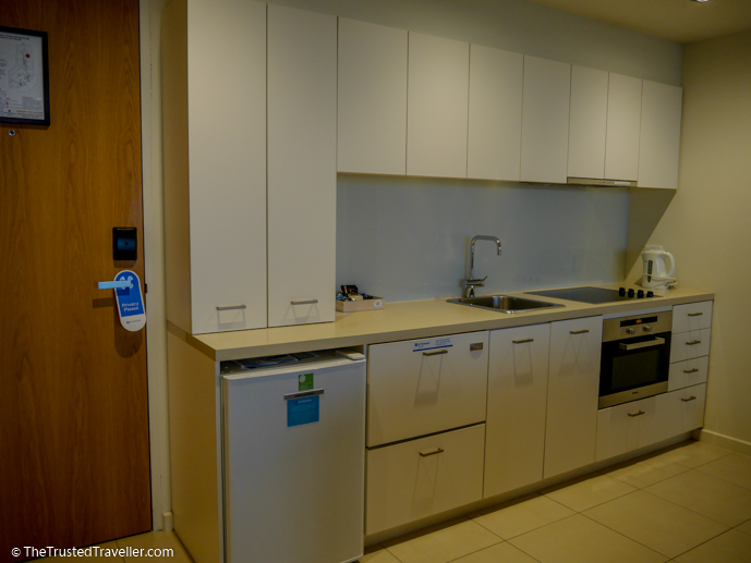 Fully equipped kitchen - Wyndham Resort Torquay: Surf Coast Comfort - The Trusted Traveller