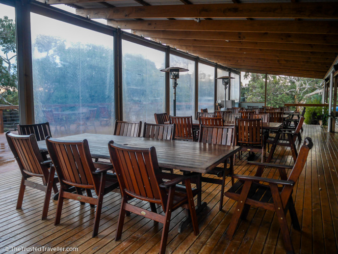 The deck - Vivonne Bay Lodge: Kangaroo Islands Best Flashpacker Accommodation - The Trusted Traveller