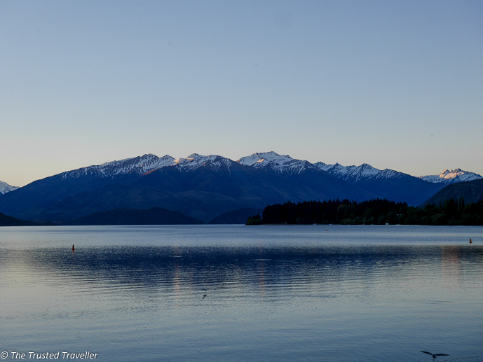 Sunset on Lake Wanaka - Two Week New Zealand South Island Road Trip Itinerary - The Trusted Traveller