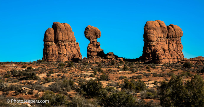 Balanced Rock Arches National Park - 10 Things to Do in Arches National Park - The Trusted Traveller
