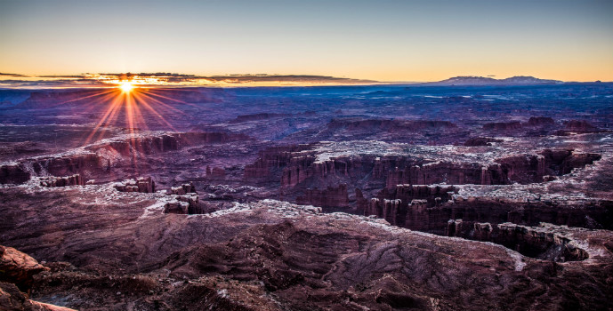 Grand-View-Point-Canyonlands-National-Park-Utah-sunrise-Photo-Jeepers - Canyonlands National Park - Island in the Sky - The Trusted Traveller