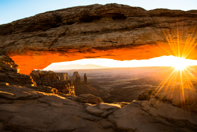 Mesa-Arch-Canyonlands-National-Park-Utah-Photo-Jeepers - Canyonlands National Park - Island in the Sky - The Trusted Traveller