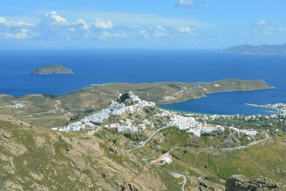 serifos_hilltop chora view- 5 Gorgeous Cycladic Islands to Visit - The Trusted Traveller