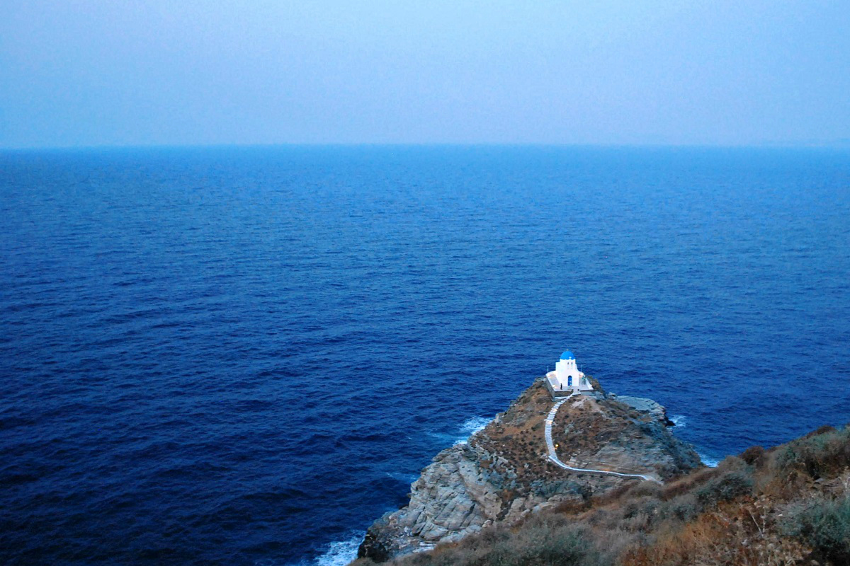 sifnos_church of the seven martyrs- 5 Gorgeous Cycladic Islands to Visit - The Trusted Traveller