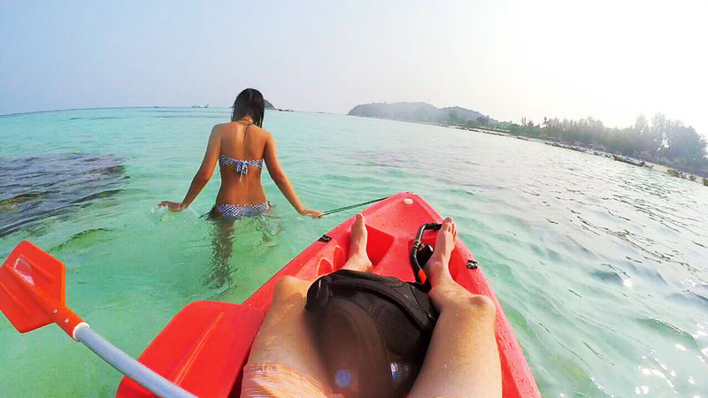 Kayaking, Koh Mak - One Week Island Hopping in the Gulf of Thailand: Koh Chang, Koh Kood, Koh Mak - The Trusted Traveller