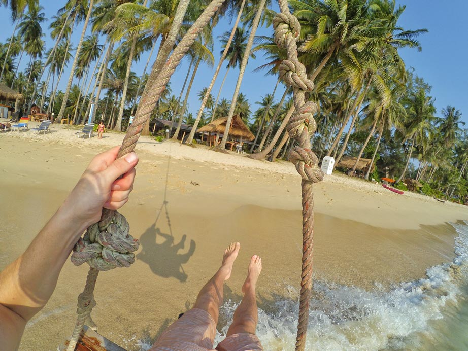 Rope Swing on Ao Ta Prao Beach - Koh Kood - One Week Island Hopping in the Gulf of Thailand: Koh Chang, Koh Kood, Koh Mak - The Trusted Traveller